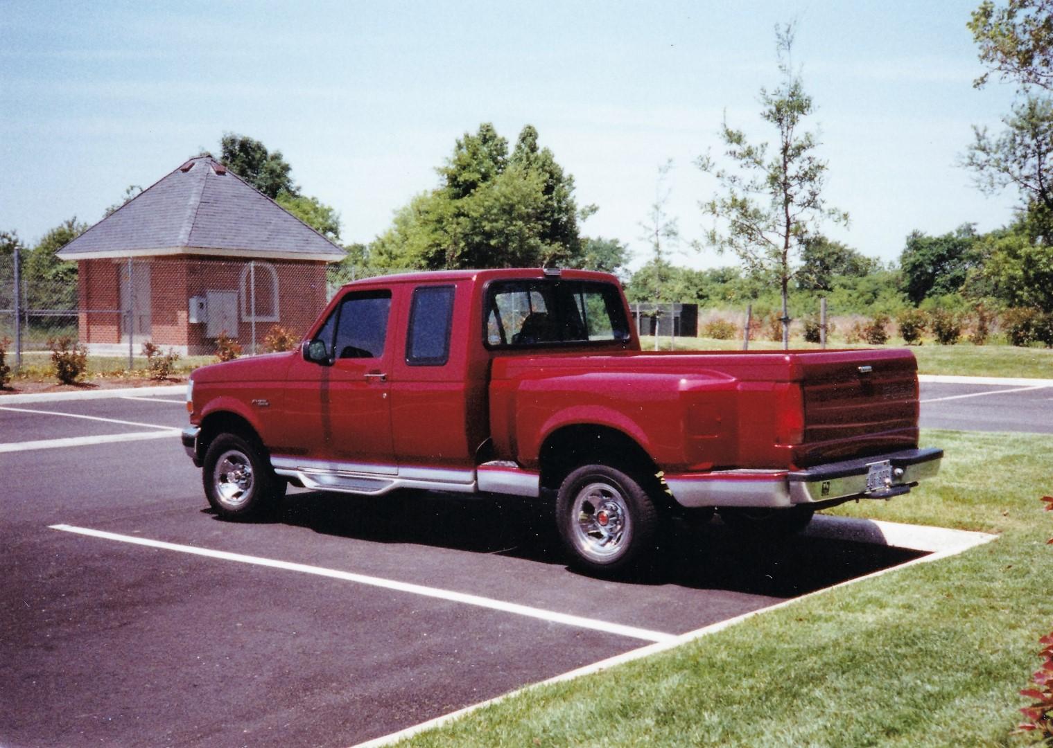 Name:  1992 F150 in VA (Large).jpg Views: 28 Size:  432.5 KB