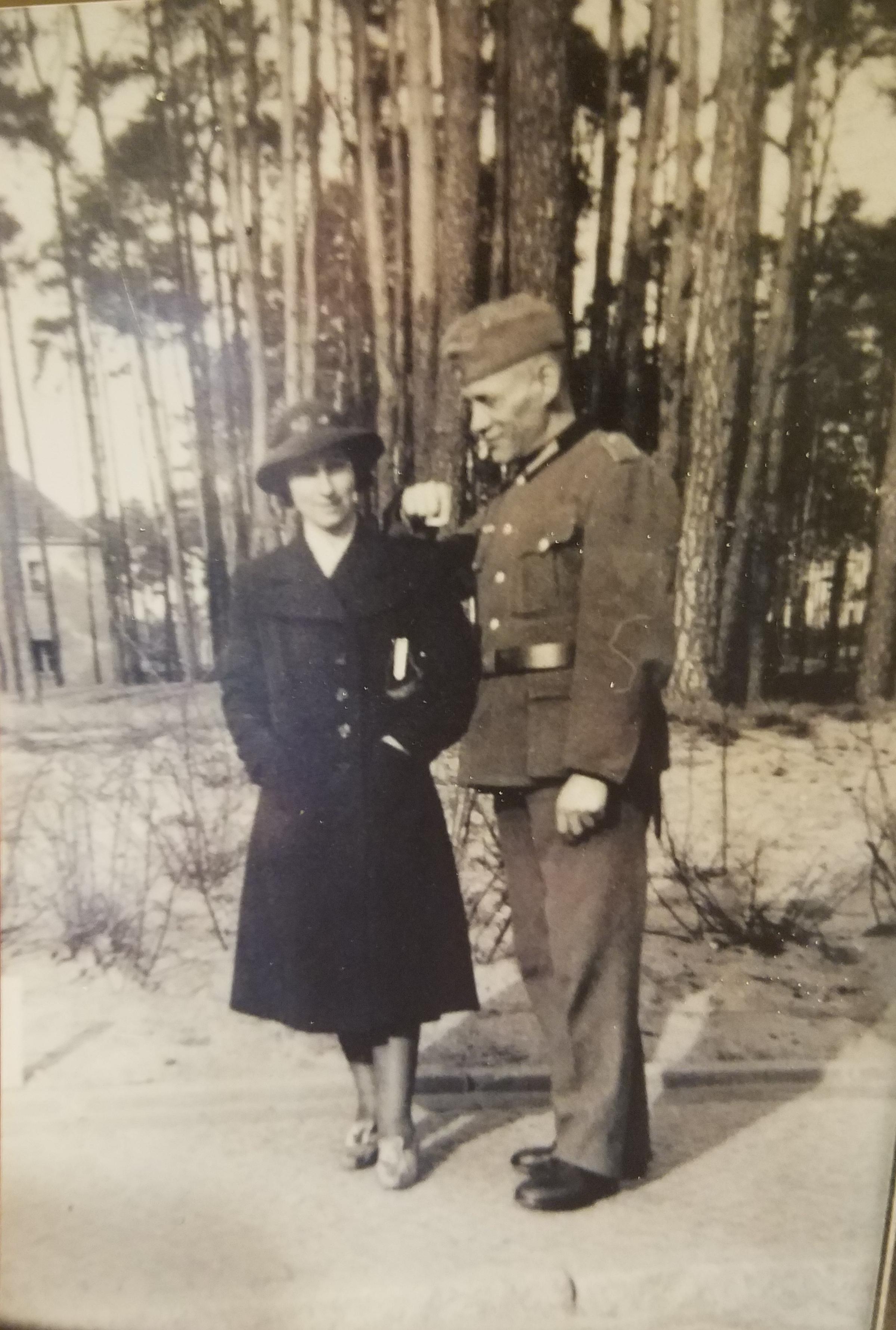 WW2 German uniform identification
