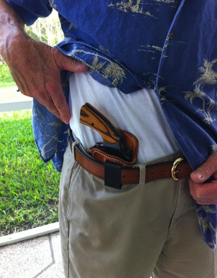 D High Noon Holsters Image