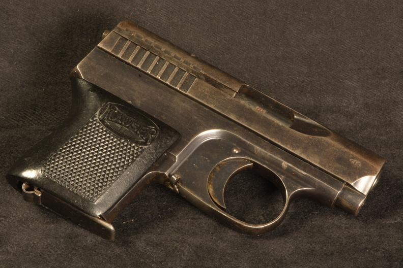 german pistols that penetrate vests