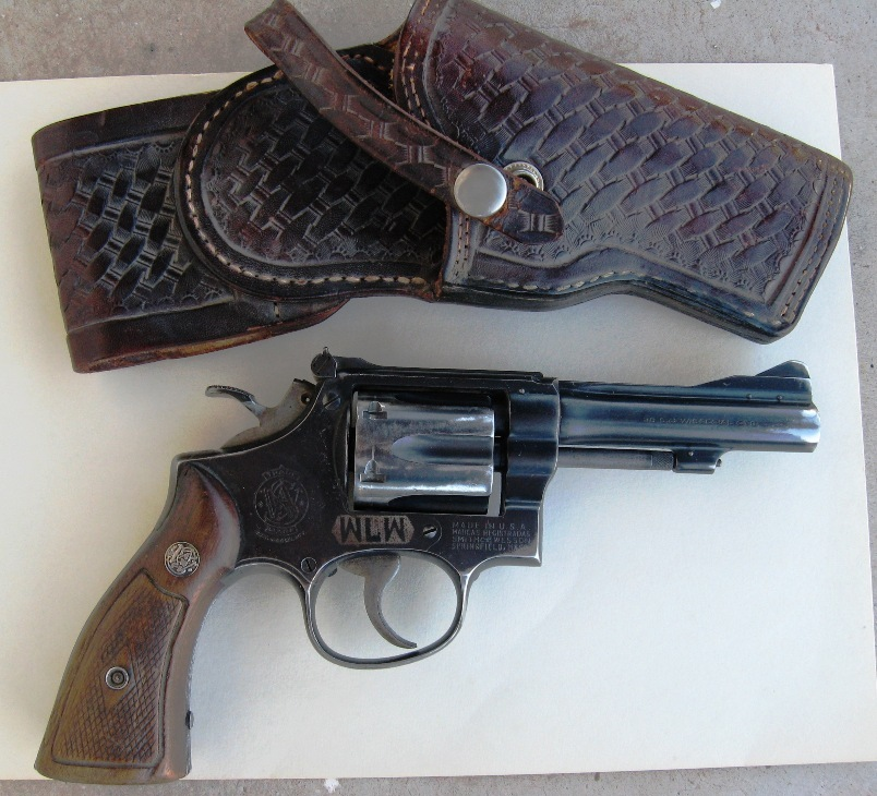 Name:  Right holster.JPG Views: 39 Size:  196.1 KB