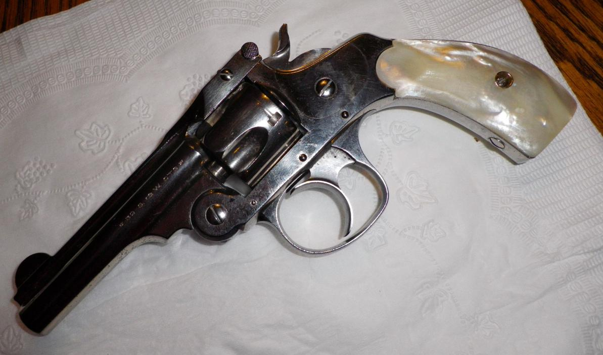 Someone Please Identify This S&W  32 Top Break Revolver