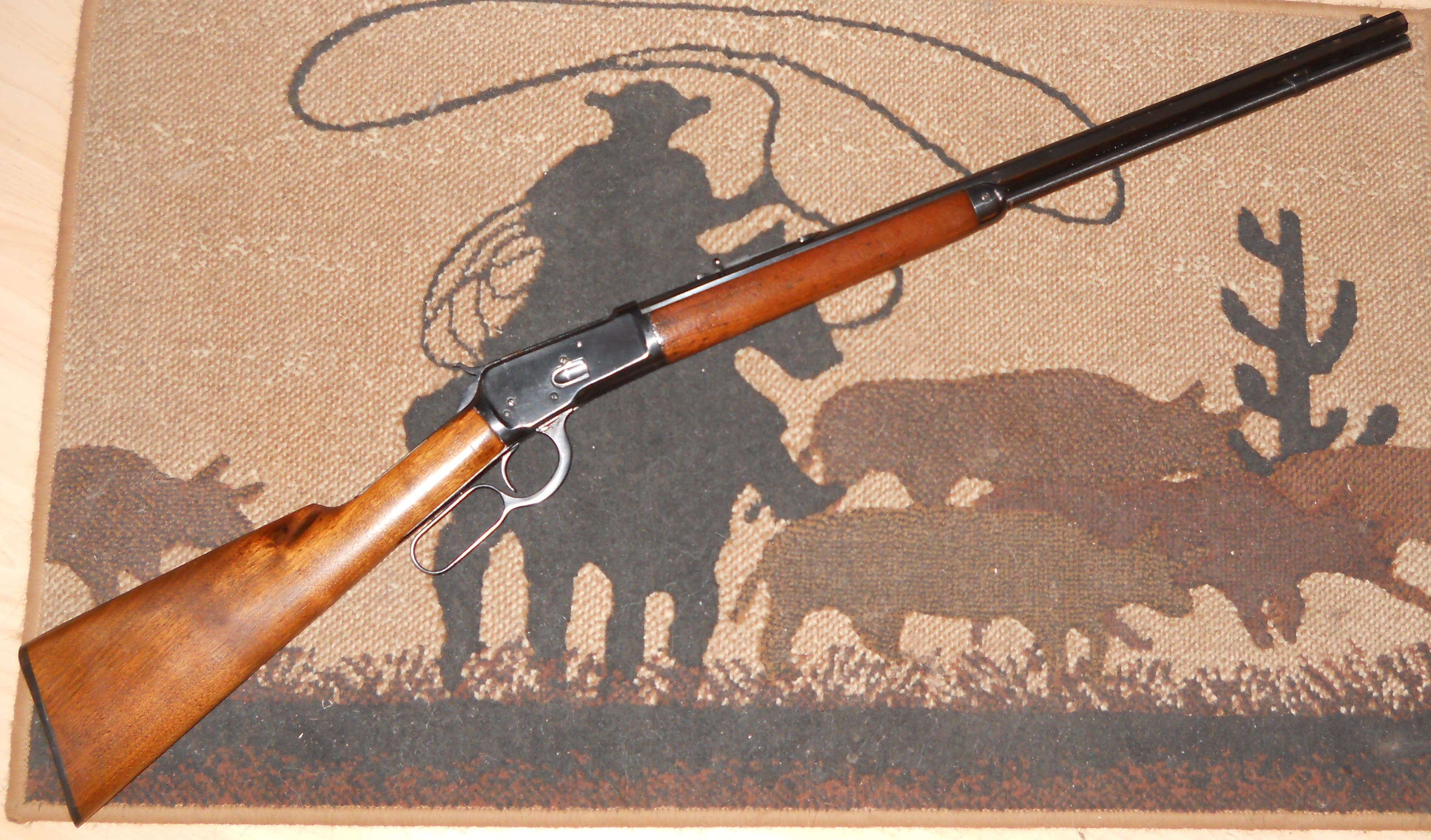 Name:  Winchester1892RifleOctBar32WCF-01.JPG Views: 38 Size:  2.46 MB